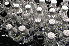 240px-Sparkling-bottled-water
