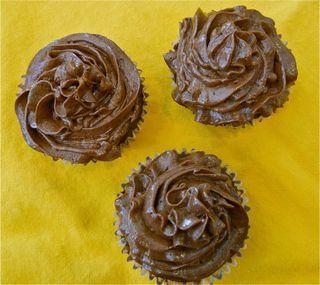Choc quinoa cupcakes